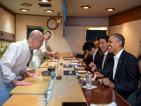 15-ObamaSushi.jpg