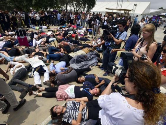 7-LimaProtest-AFP.jpg