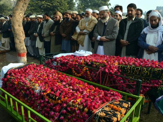 peshawar-funeral.jpg