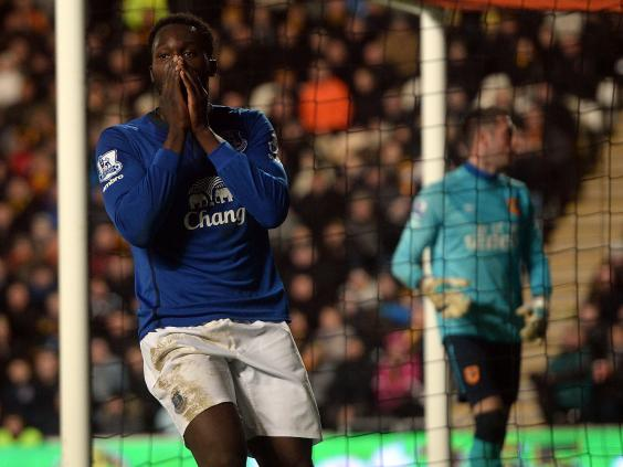 Romelu-Lukaku-of-Everton-reacts.jpg