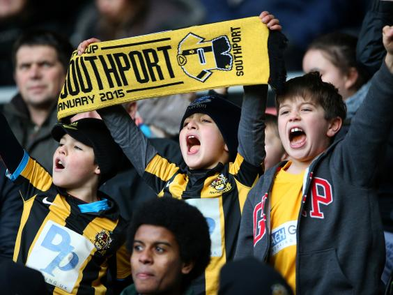 southport-fans.jpg