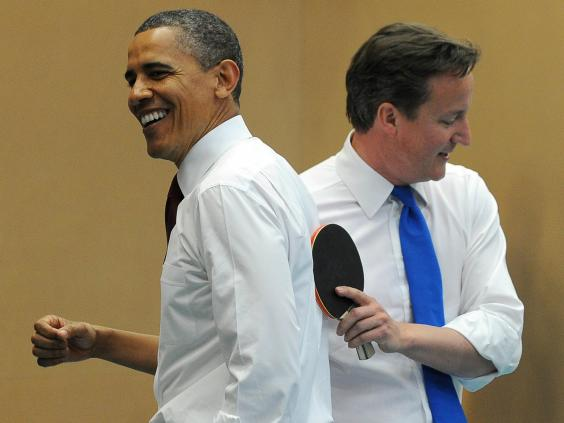 Cameron and Obama play table tennis in London school.jpg