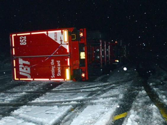 lorry-scotland-snow.jpg