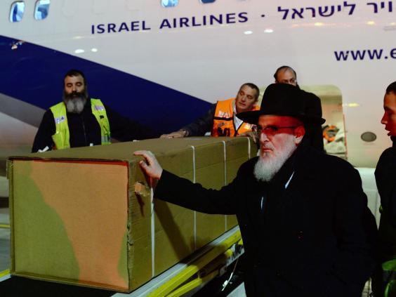 Jewish-victims--funeral-4.jpg
