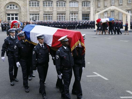 funeral-policemen-paris-2.jpg