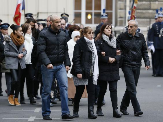funeral-policemen-paris-4.jpg