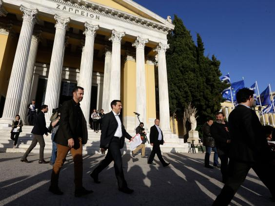 Alexis-Tsipras-AP.jpg