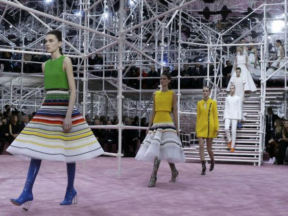 18-Fashion4-Reuters.jpg