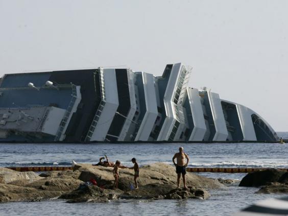 31-Costa-Concordia-AP.jpg