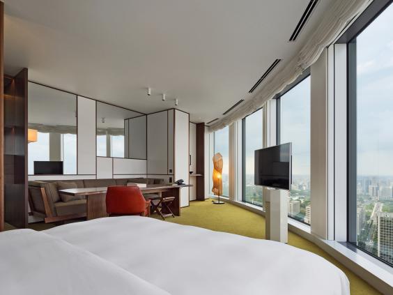 Andaz_Hotel_Tokyo.jpg