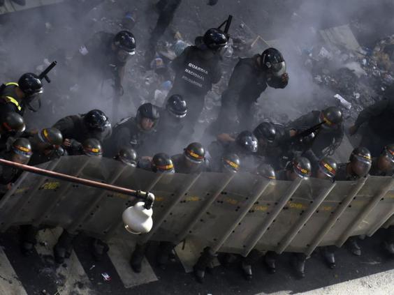 32-Caracas-Protest-AFP.jpg