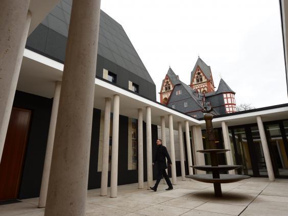 27-Limburg1-EPA.jpg