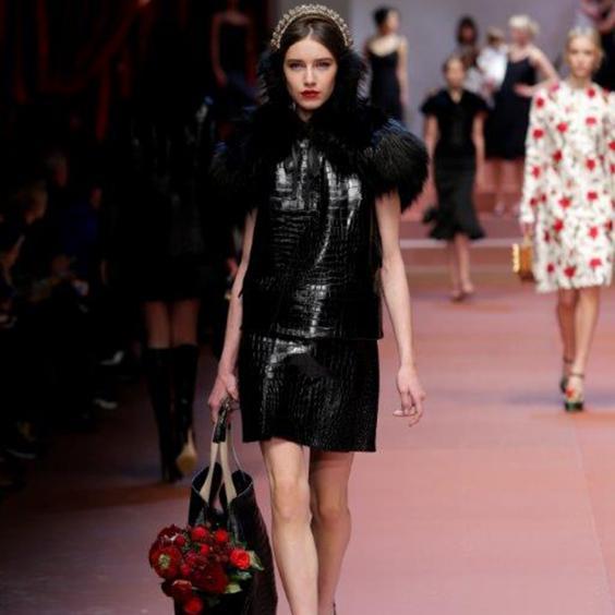Dolce_and_Gabbana_women_winter2_2016.jpg
