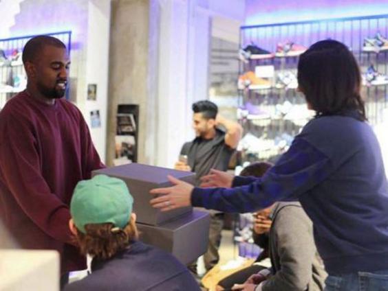 Kanye-Fan2-Twitter.JPG