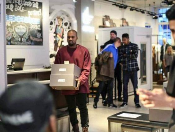 Kanye-Fan4-Twitter.JPG