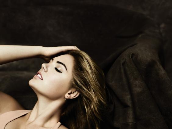 SpSum15_Look_KateUpton_Smooth_Skin_Pore_Perfector_CMYK.jpg