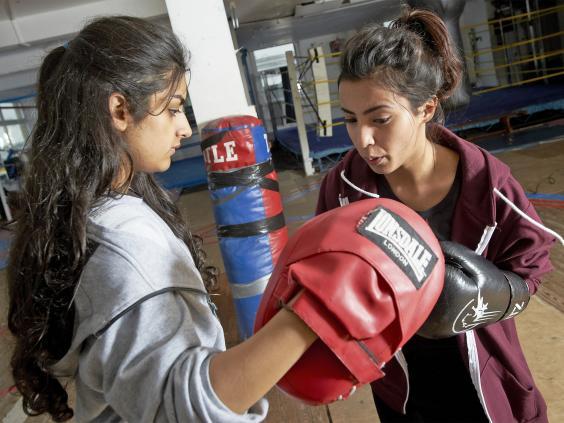 pg-33-muslim-boxing-play-2-de-jesus.jpg