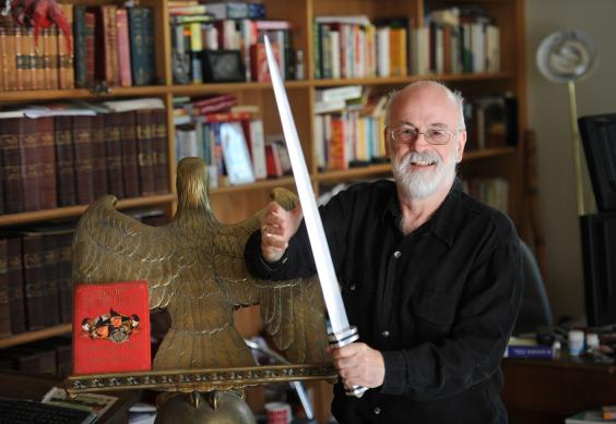 Terry-Pratchett-sword.jpg