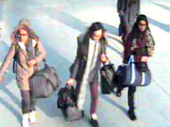 Isis-schoolgirls-AP.jpg