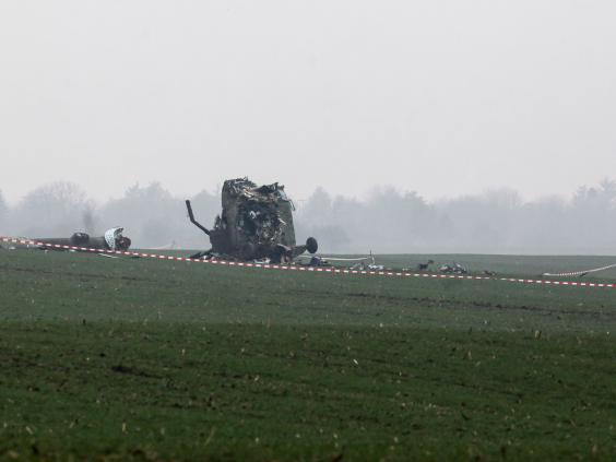 helicopter-crash4.jpg