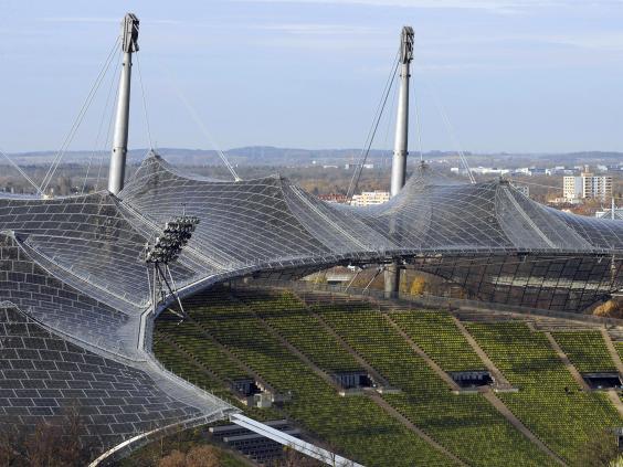 Ottos_Olympic_Stadium_roof_in_Munich.jpg
