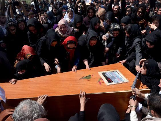 afghan-burial10.jpg