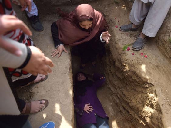 afghan-burial9.jpg