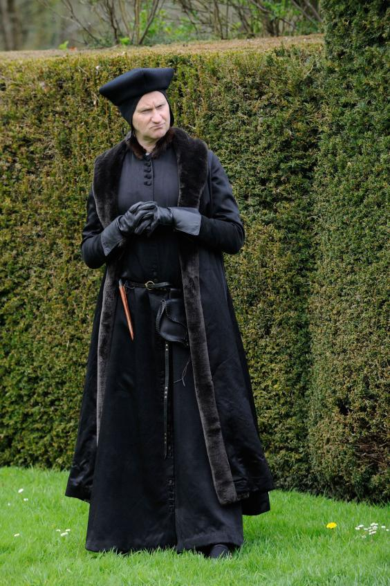 7637129-low_res-wolf-hall.jpg