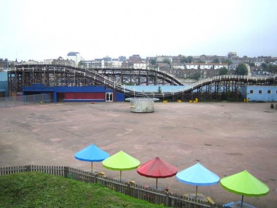Margate,_The_Scenic_Railway,_Dreamland_-_geograph.org.uk_-_462221.jpg