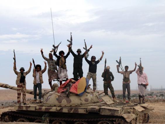 33-Tribal-Militiamen-EPA.jpg