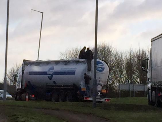 tanker-3.jpg
