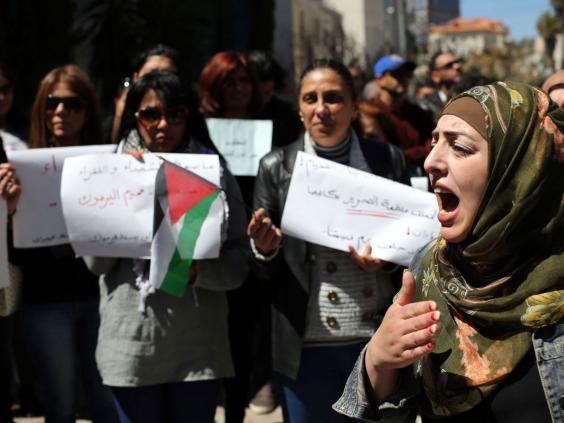 Palestinians-Yarmouk.jpg