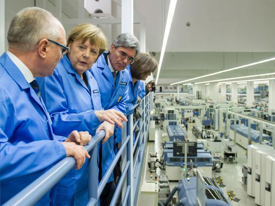 pg-40-factories-2-siemens.jpg