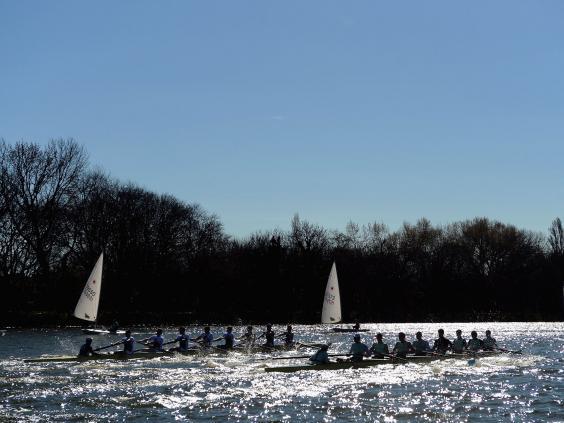 Boat-Race4.jpg