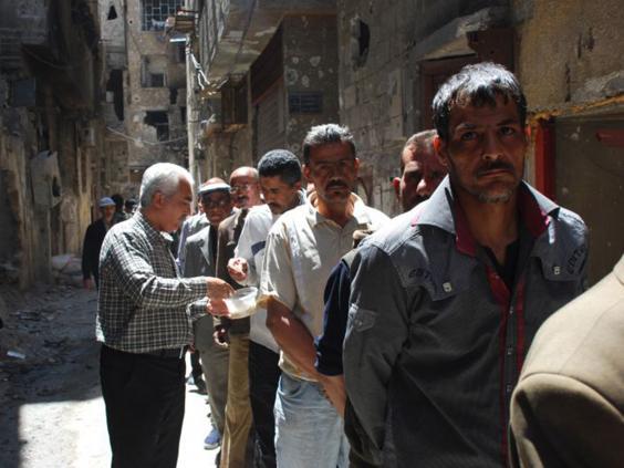 37-Yarmouk-refugees-AP.jpg