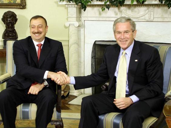 Bush-Ilham-Aliyev.jpg