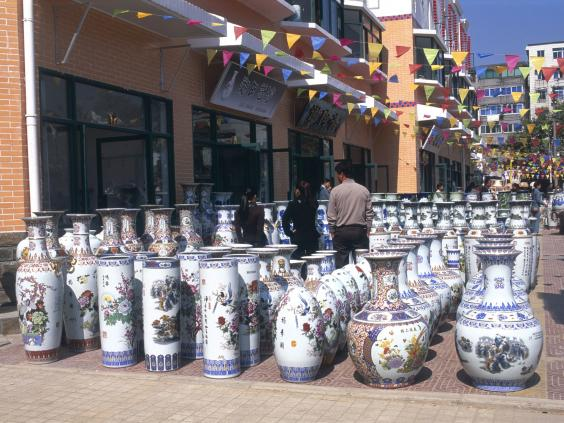 Decorated-Ceramic-Vases.jpg