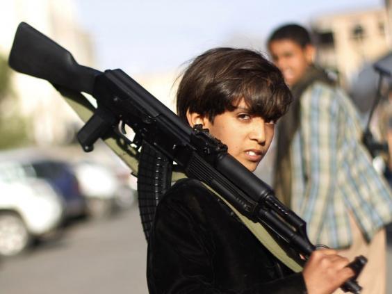 29-yemeni-boy-gun-ap.jpg