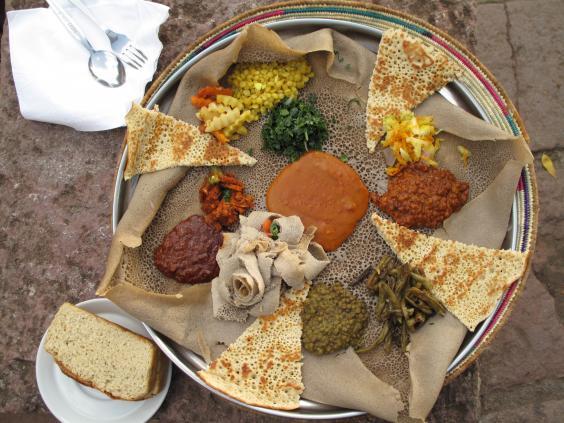 Injera_(during_Easter_Time,_Lalibela,_Ethiopia).JPG