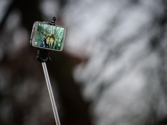 selfie-stick.jpg