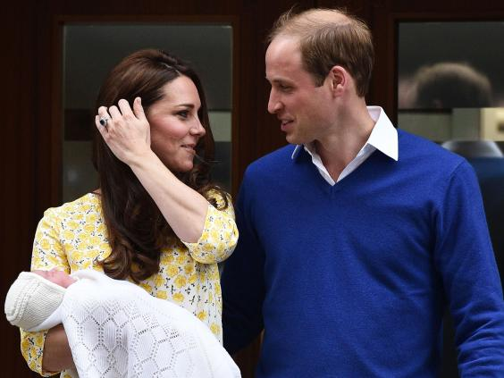 Princess charlotte and prince george pictures first images of fourth