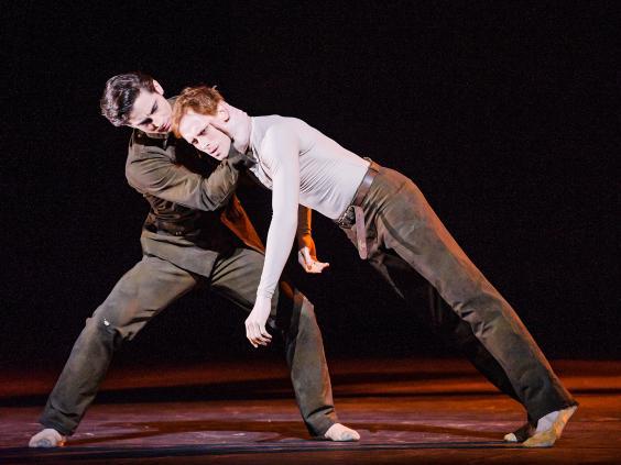 Woolf-Works-Royal-Ballet-946-Tristan-Dyer-Edward-Watson-ROH-2015.jpg