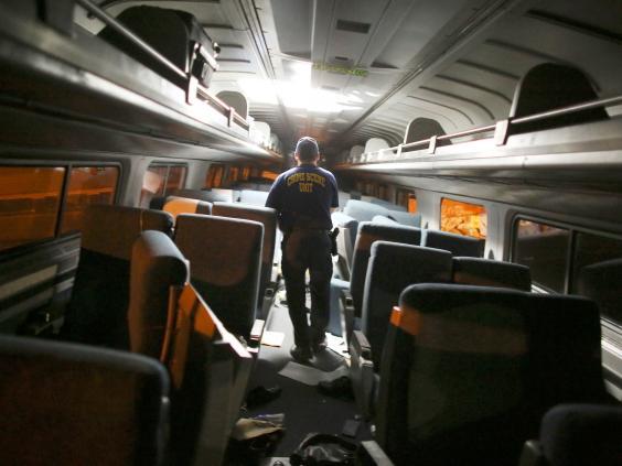 amtrak-train-crash-3.jpg