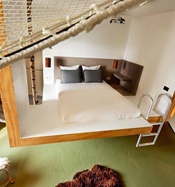 hotel_amsterdam.jpg