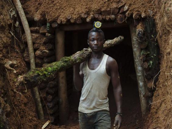 35-DRC-Mining-2-PhilMoore-GlobalWitness.jpg