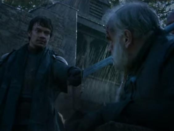 Theon_Game_of_thrones_botched_beheading.jpg