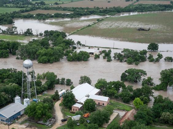 us-flood-ap4.jpg