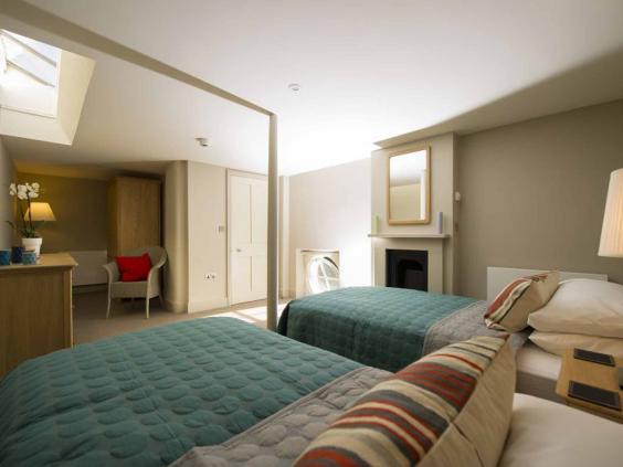 osborne-house-bed-eh.jpg