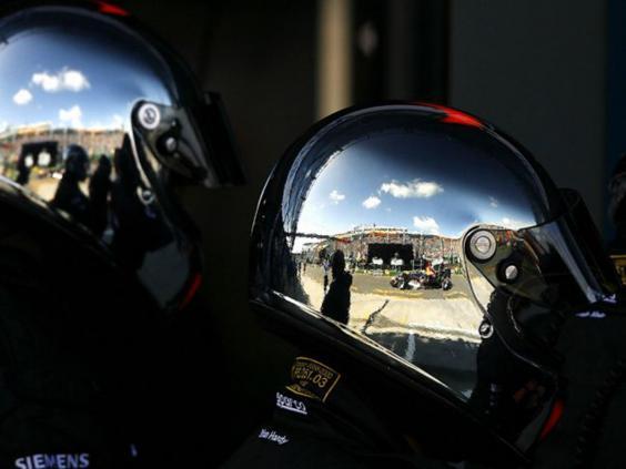 14-Racing-Helmets-AFPGet.jpg