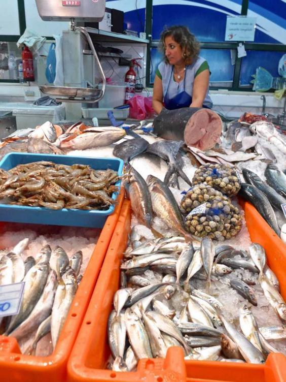 fishmonger-aRibeira.jpg